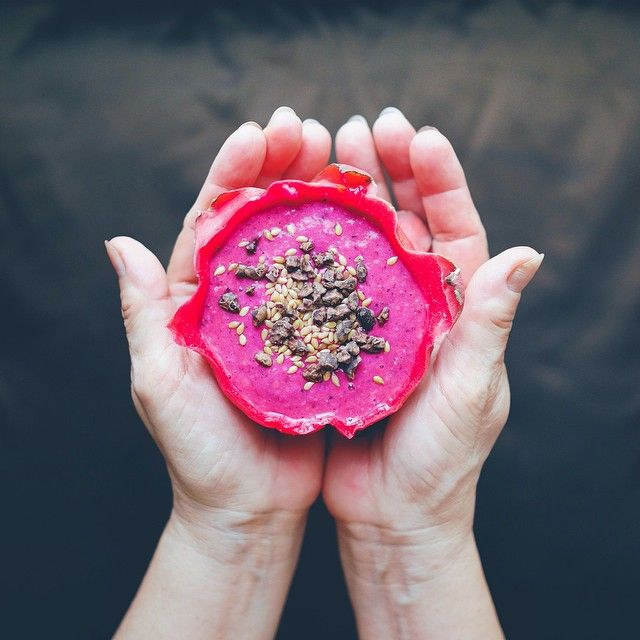"""""""Good morning! Today's #BreakfastBonanza is Dragonfruit-Banana-Pineapple-Whole grain rolled oats smoothies. Do try this at home  #morning #goodmorning #breakfast #healthybreakfast #smoothies #fresh #fruity #fuchsia #handsinframe #culinarybonanza"""" Photo taken by @ellynatjohnardi on Instagram, pinned via the InstaPin iOS App! http://www.instapinapp.com (08/26/2014)"""
