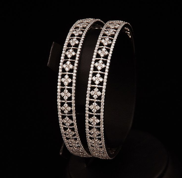 indian Diamond jewellery | Labels: Diamond Bangles , diamond jewells , stylish diamond necklace ...