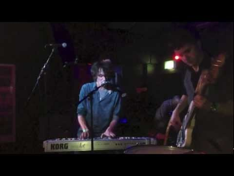 George Barnett & The Ninth Wave - Cassi - YouTube live at the Garage Islington