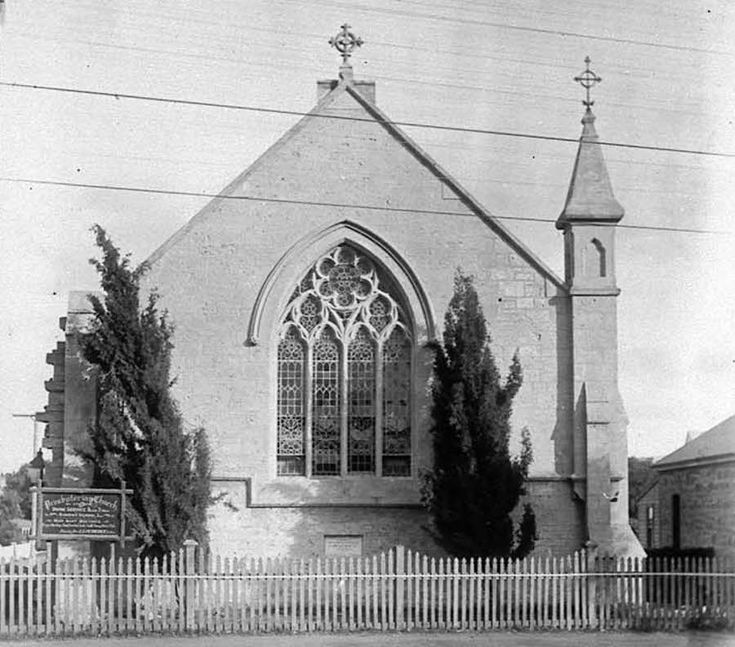 East Fremantle Presbyterian Church  Corner of King St and Canning Road (Highway)