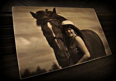 Photo on wood, handmade by Paulan korukauppa.