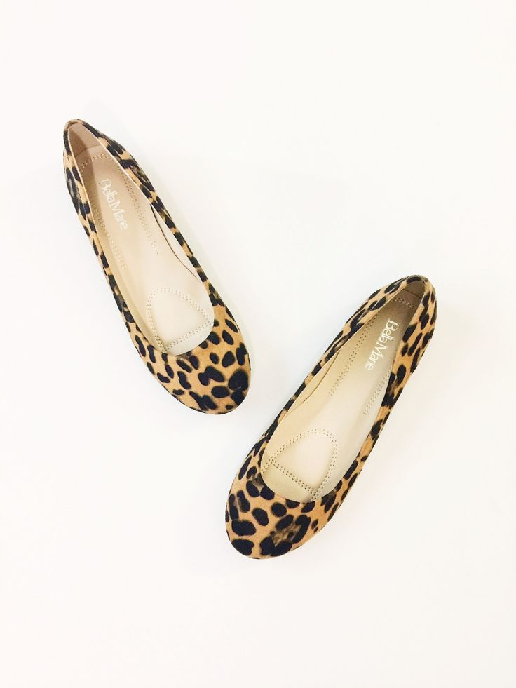 How cute are these Leopard Print Ballet Flats? Leopard print never goes out of style! Leopard Flats are all over Pinterest and are a must-have this year! These faux suede flats feature a memory foam c