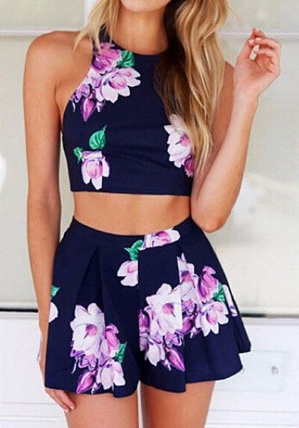 Floral Print Co-ord Set. Discover more fashion on www.zkkoo.com