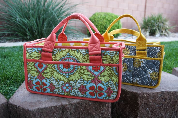 Purse Palooza :: Pattern Review : By Annie's Catch All Caddy