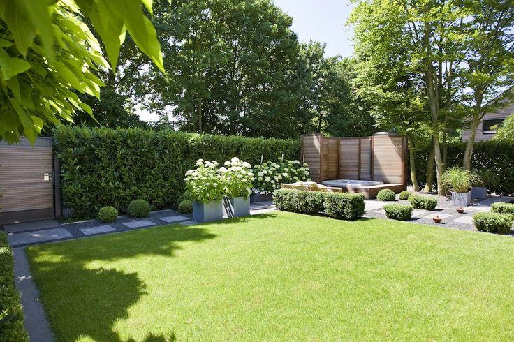 die besten 25 landschaftsbau ideen auf pinterest vorgarten landschaftsbau haus. Black Bedroom Furniture Sets. Home Design Ideas