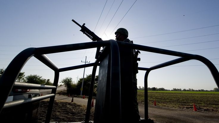 Los hijos de El Chapo Guzmán sospechosos por emboscada a militares en México - La Raza