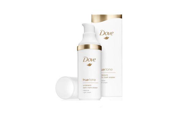 Com vitamina C, age à noite no clareamento de axilas escuras. Também hidrata a pele da região. Creme clareador True Tone, Dove (R$ 76*).