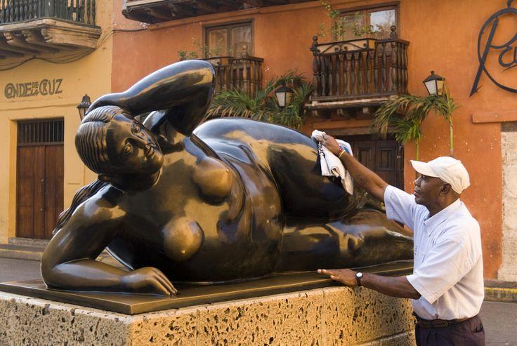 Arte, gordas de Botero. Medellín.