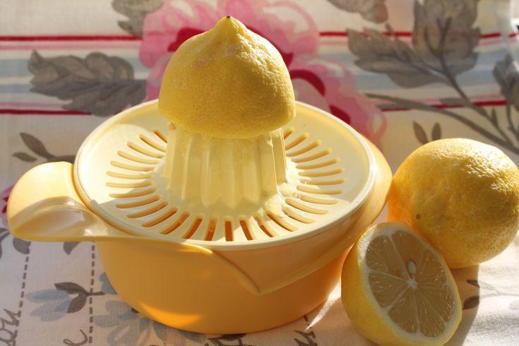 Limone e acqua calda per disintossicarsi
