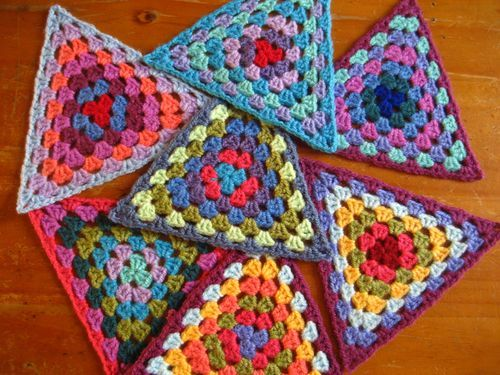 Granny triangles tutorial.