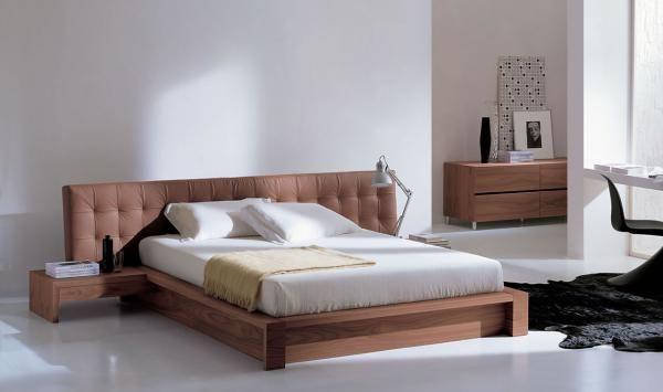 Κρεβατοκάμαρα Βreva  Μοντέρνος σχεδιασμός με απλά και ίσια κομοδίνα και τουαλέτα....  επισκεφτείτε τη σελίδα της GAND για περισσότερες πληροφορίες http://www.epiplagand.gr/krevatokamares/breva/