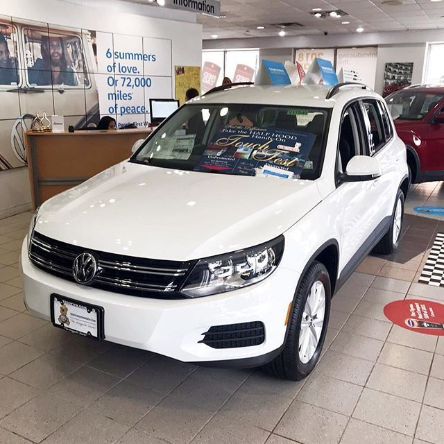 Are you looking for a perfect car? We are sure that @teddyvolkswagenofthebronx will help you!  Look into their showroom with @oktium #VW #Cars #CarShopping #Volkswagen #TeddyVW #Face2YourHappiness