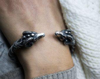 Etsy - koç bilezik bilezik kadın erkek takı kadın takı benzersiz hediyeler gümüş bilezikler gümüş manşet hediyeler bilezik mens