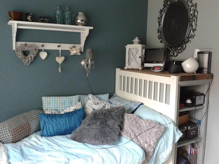 25 beste idee n over muur achter bed op pinterest droomappartement gordijnen achter bed en - Deco kleur muur decoratie ...