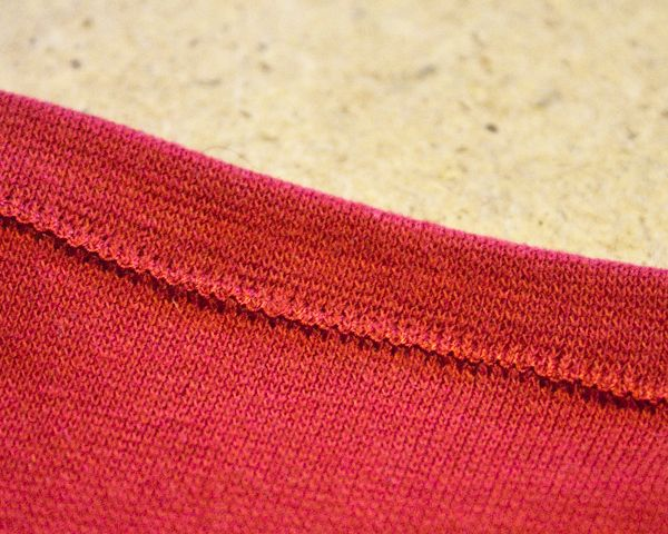 Crafting a Green World | How Do You Sew a T-Shirt? The Three Best Stitches for Jersey Knit | Crafting a Green World