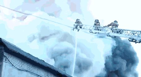 Fireworks warehouse explodes as Russian firefighters try to douse the flames