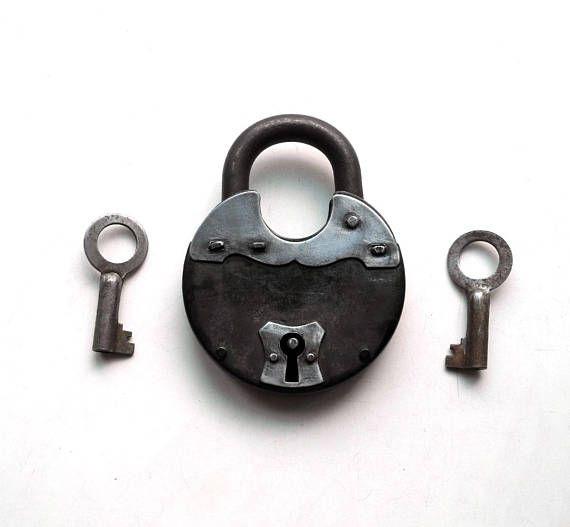 Soviet vintage padlock with 2 keys 46