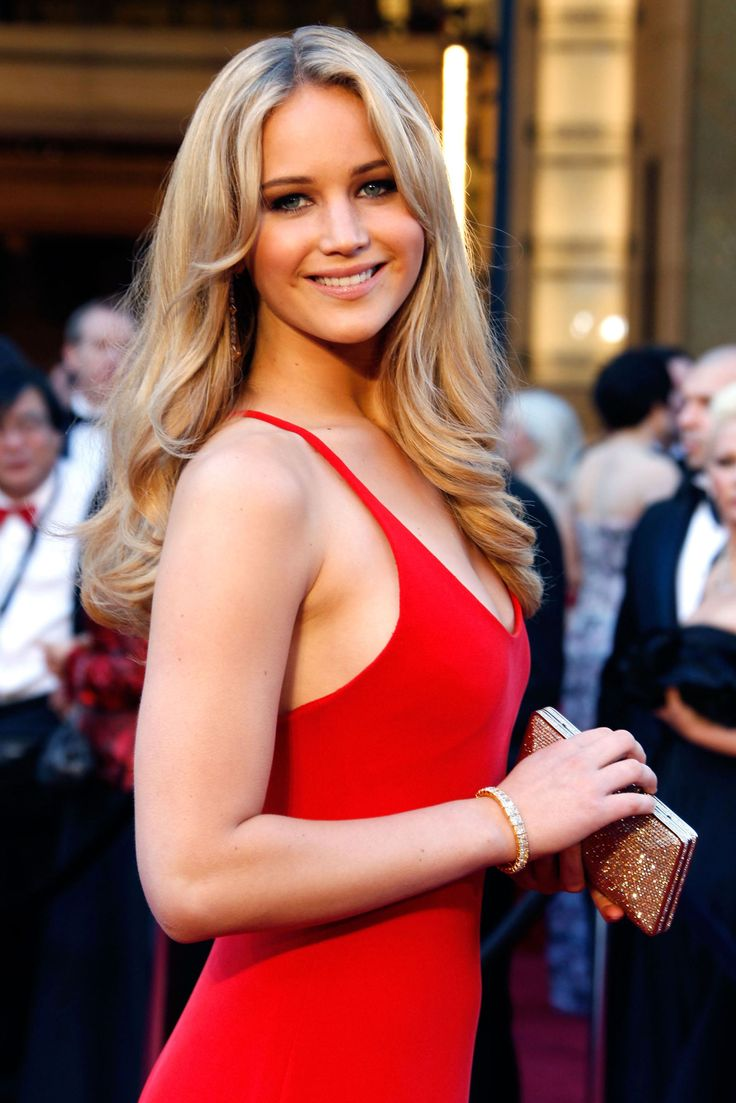 But back in 2011, when she was just 20 years old, nominated for Best Actress, and attending the Academy Awards for the first time, Jennnifer wore a slinky Calvin Klein Collection dress in bright red, a color she had decided to wear before she'd even found a dress
