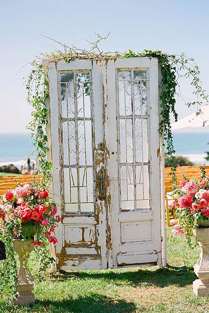 Rustic Wedding Decor Photos For Gorgeous Ceremony ❤ See more: http://www.weddingforward.com/rustic-wedding-decor/ #weddings
