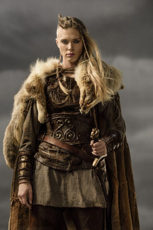 While Vikings seems to waiver a lot on historical accuracy and did deliver a worrying boobplate at one stage, they do seem exceptionally adept at creating this kind of badass attire for shieldmaidens. - wincenworks