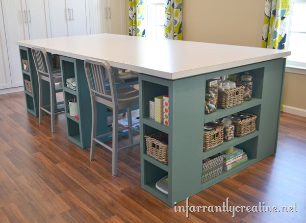 Love this huge DIY craft table!
