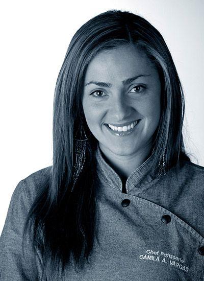 """Camila Vargas es dueña de """"La güera milagrosa"""", una taquería y cantina como ella misma la llama, inspirada en sus travesías por ese país. Camila ha sido parte del equipo de chefs de varios proyectos editoriales como """"Sabor a chocolate"""", """"Momentos mágicos"""" y """"Momentos de café"""". """" Camila hace parte del equipo de ensumesa.com http://bit.ly/1upi5EA"""