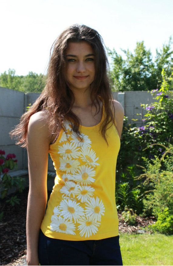 Hand-painted T-shirt-Marguerite I.flowerwhitehand by Aryonelle