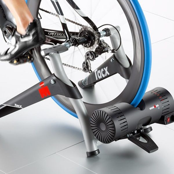 The Tacx IRONMAN® Smart is the 'Official Cycle-Mounting Trainer' of IRONMAN®. Just like the Genius Smart, the Tacx IRONMAN Smart uses the most advanced resistance unit and software which analyses performance and simulates bike courses very accurately. The wireless motor brake converts the properties of the terrain into resistance on the bike, in a highly realistic manner.