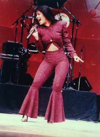 This day in Chicana herstory: Selena Quintanilla-Pérez is killed ...