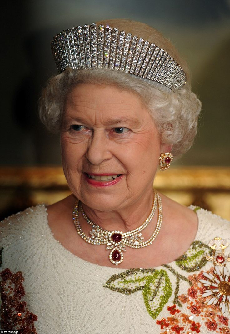 This ornate ruby-and-diamond collar is among the Queen's more modern jewels, having been presented to her as a gift from Sheikh Khalifa bin Hamad Al Thani, former Emir of Qatar, during a state visit to Britain in 1985