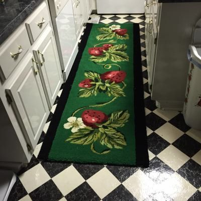 An all wool custom strawberry runner hand made by KOVRIC RUGS at www.customrugfabrication.com