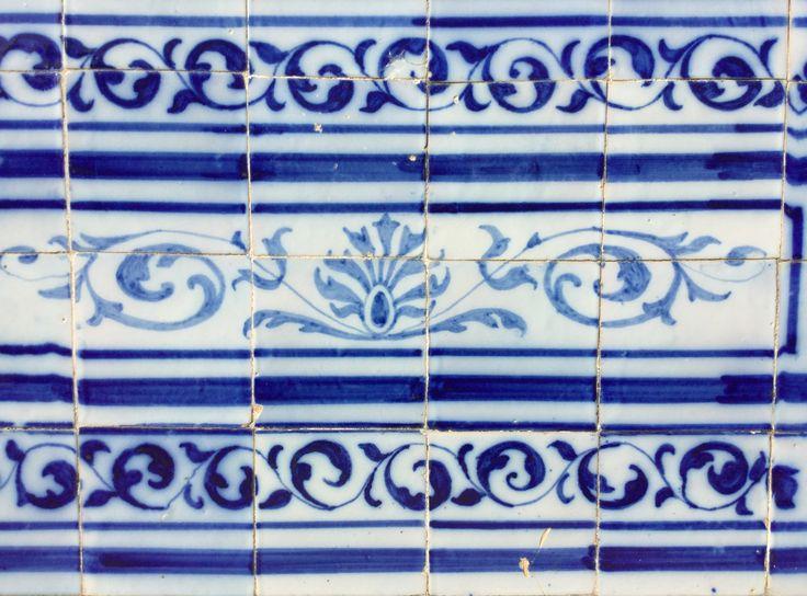 Beautiful azulejos in Palacio de Estoi