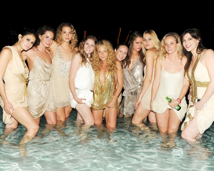 Kylie Edwards, Trish Wescoat Pound, Lexi Bowes-Lyon, Allegra Carpenter, Minni Podewils, Taylor Katai, Samantha Greenberg, Rachel Pringle, Emily Wilson, Kaitlin Kading GoldenEye and HAUTE HIPPIE Beachside Dinner Party hosted by Chris Blackwell, Trish Wescoat Pound & Jesse Cole courtesy of Billy Farrell Agency #hautehippie #HippiesatGoldenEye #BFA