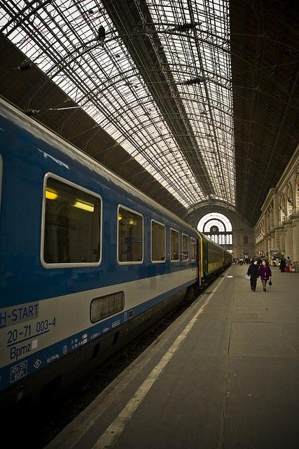 Keleti Train Station   .....rh