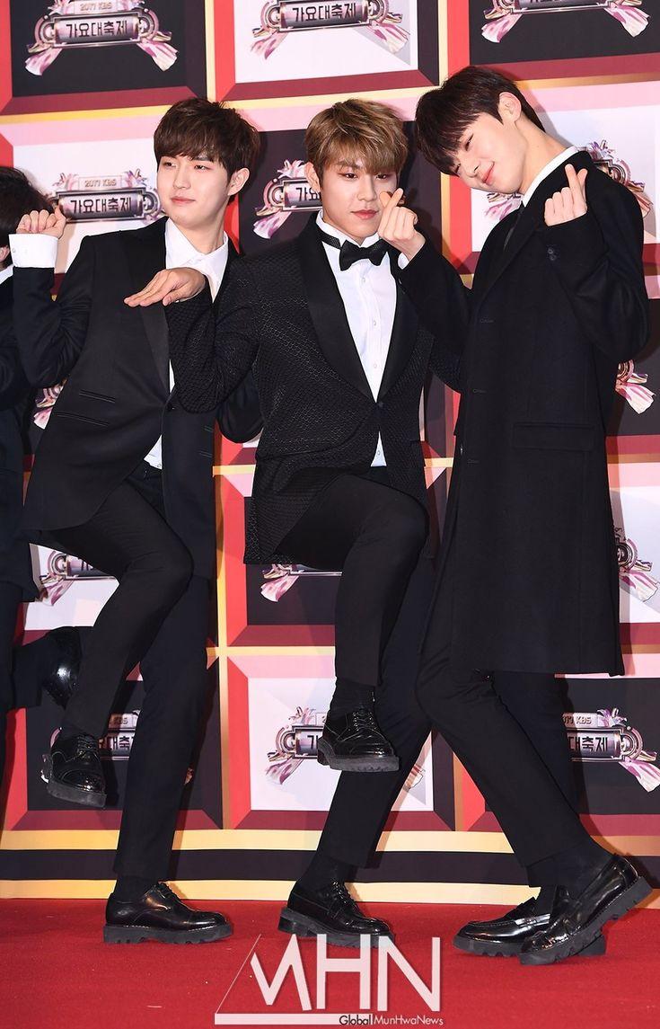 171229  Wanna One at KBS Gayo Daechukje Red Carpet #Minhyun #Jaehwan #Woojin