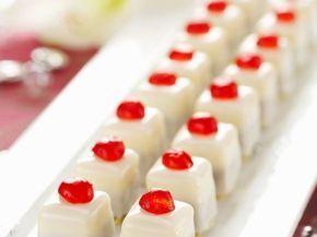 Punschkrapfen mit Kirschen ist ein Rezept mit frischen Zutaten aus der Kategorie Konfitüre. Probieren Sie dieses und weitere Rezepte von EAT SMARTER!