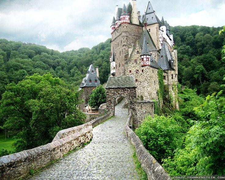 Výsledek obrázku pro eltz castle