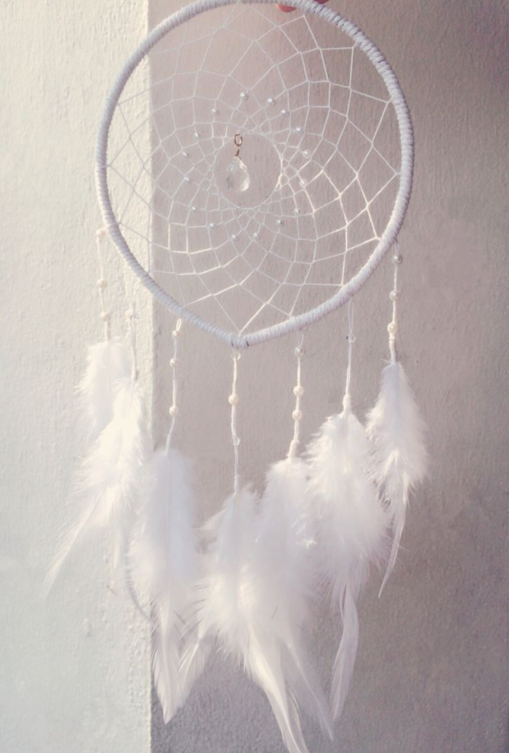 Dream catcher / white / pearl / by So.