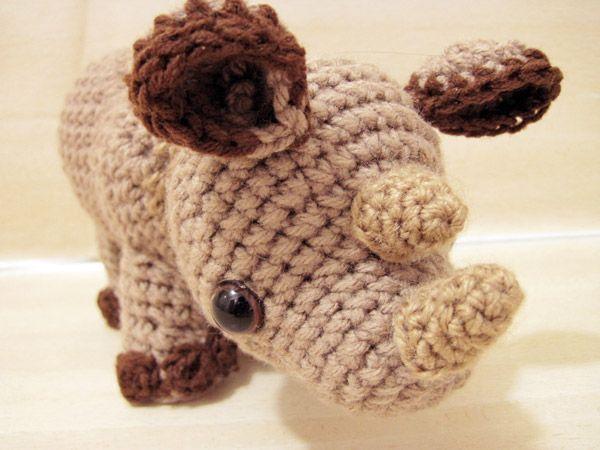 Star Wars Amigurumi Crochet Pattern Free : uber 1.000 Ideen zu ?Nashorn Kunst auf Pinterest Kunst ...