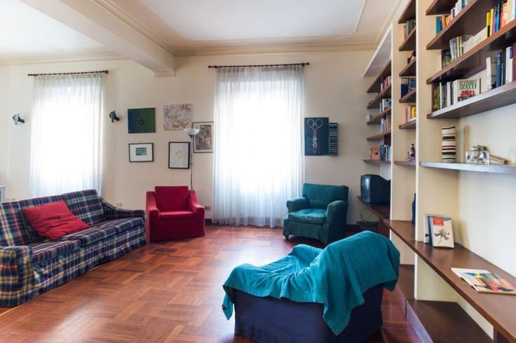 This central and welcoming 4 bedrooms Rome apartment is located just behind the Colosseum http://rentinrome.com/rome-apartment-colosseo.html