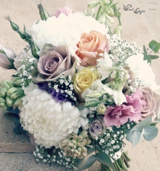 Vintage style bridal bouquet - view from the 'top' - Floral Design  by www.pinkenergyfloraldesign.co.za