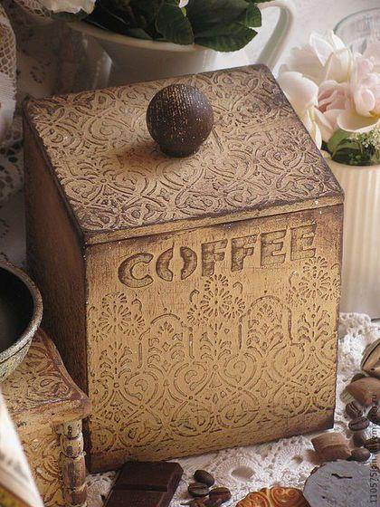 Купить или заказать 'Французские кружева' Короб. в интернет-магазине на Ярмарке Мастеров. Деревянный короб в винтажном стиле для хранения кофе, чая, печенья, сухофруктов, специй или трав. Внутри натуральное дерево.