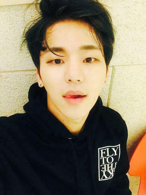 Kang Insoo 강인수 || MyName || 1988 || 178cm || Main Vocal