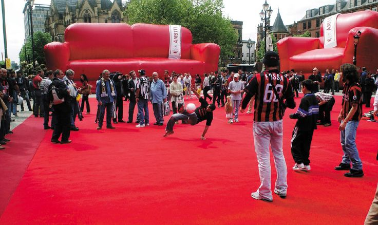 """""""Giant Living Room"""" #Amstel #Experiential"""