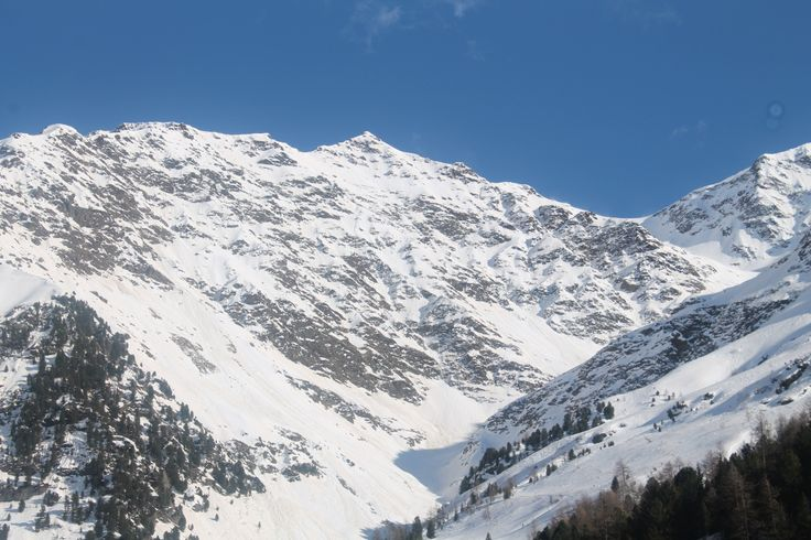 Panorama salendo verso la valle dei Forni