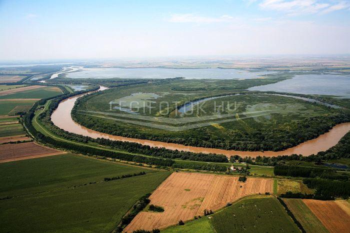 Tiszaszőlős légifotó, légifelvétel, Kiskörei-víztároló, Kiskörei-víztározó, Tisza-tó, Folyók, Horizont, Tavak, Természet