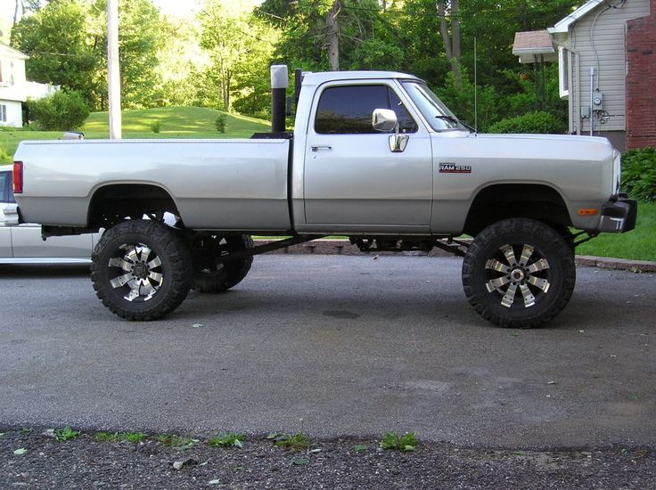 "Lifted Dodge Trucks | 04.5 QC SB 6 speed, 5"" skyjacker 37's. Edge Juice HOT, ADII 165 MBRP 4 ..."