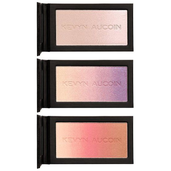 Ready set NEO! Bronze, highlight and set all in one! This three in one, magnetically designed face palette features the following best-selling shades:</p> <ul> <li>The Neo-Bronzer in Capri</li> <li>The Neo-Limelight in Ibiza </li> <li>The Neo-Setting Powder</li> </ul> <p>Use them together or take them apart to NEO on the go in the convenient travel pouch! Mix and match to create endless layers of light and color for the perfect, custom glow. Infused with light-