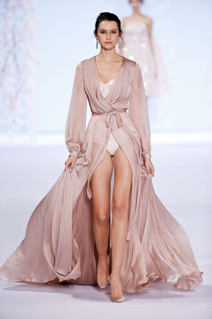 219 best ralph russo images on pinterest evening gowns for Couture high fashion