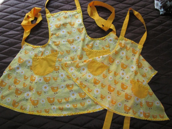 Mother/Daughter aprons!